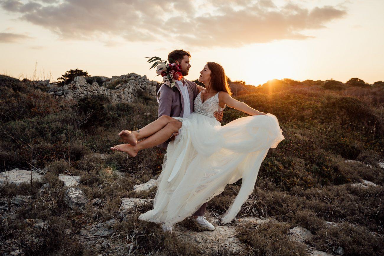 Hochzeit auf Mallorca, Finca Hochzeit auf Mallorca, After Wedding Shooting Mallorca, Hochzeitsfotograf Mallorca, Hochzeitsfotografie Mallorca, Fotoshooting über Klippen